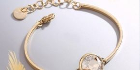 Chakra bracelet with golden shine!